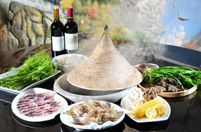 云南酸萝卜蒸汽石锅炖老鸭2
